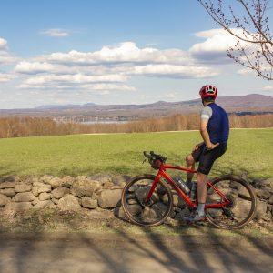 Le vélo de gravelle à Lac-Brome: une merveille, une fête des yeux et des sens!